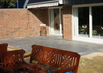 Lækker eksklusiv terrasse med brændte fliser